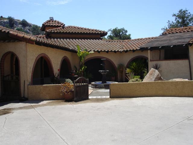 2375 La Cresta Rd., El Cajon, CA 92021 (#170033227) :: Keller Williams - Triolo Realty Group
