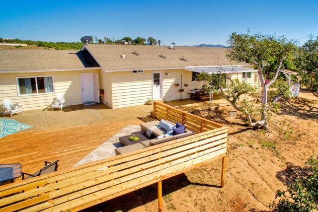 31725 Rancho Amigos Rd, Bonsall, CA 92003 (#170038417) :: The Marelly Group | Realty One Group
