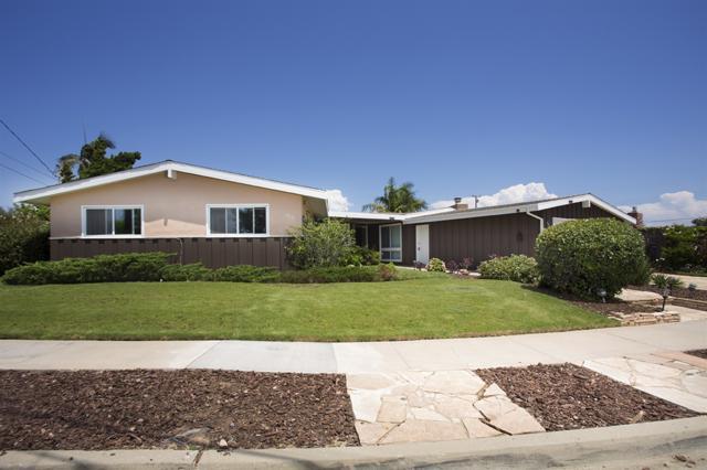 4616 Mount Armet Drive, San Diego, CA 92117 (#170042597) :: Neuman & Neuman Real Estate Inc.