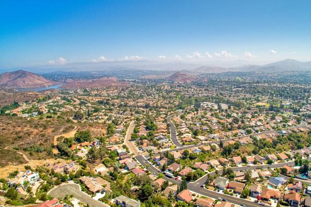 17360 Via Del Campo 11937 Lot 16, San Diego, CA 92127 (#170043036) :: The Yarbrough Group