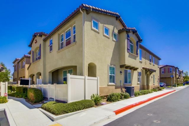 1555 Tomillo Ln Unit#3 #3, Chula Vista, CA 91913 (#170043641) :: PacifiCal Realty Group