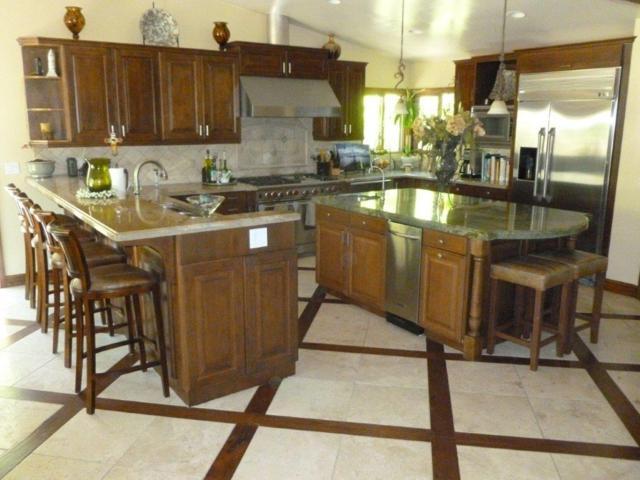 4037 Acacia Ave, Bonita, CA 91902 (#170044009) :: Whissel Realty