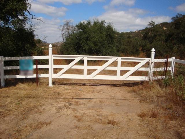 0000 Rainbow Heights Road 109-232-01-00, , Fallbrook, CA 92028 (#170048378) :: The Houston Team | Coastal Premier Properties