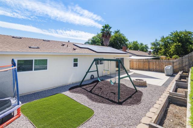 10032 Pebble Beach, Santee, CA 92071 (#170048493) :: Teles Properties - Ruth Pugh Group