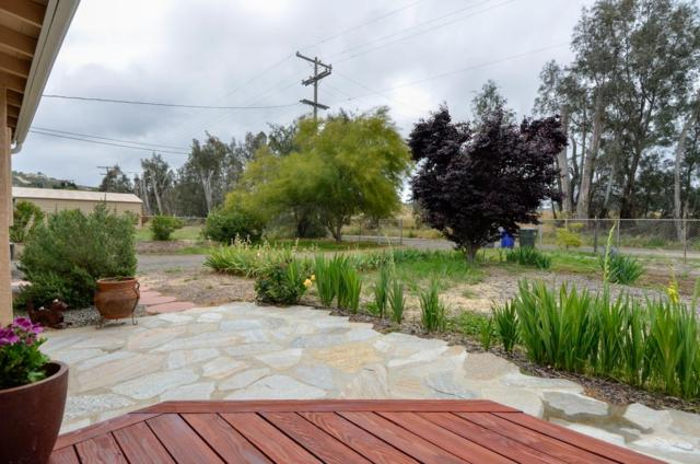 13665 Old Road, Valley Center, CA 92082 (#170048871) :: Coldwell Banker Residential Brokerage