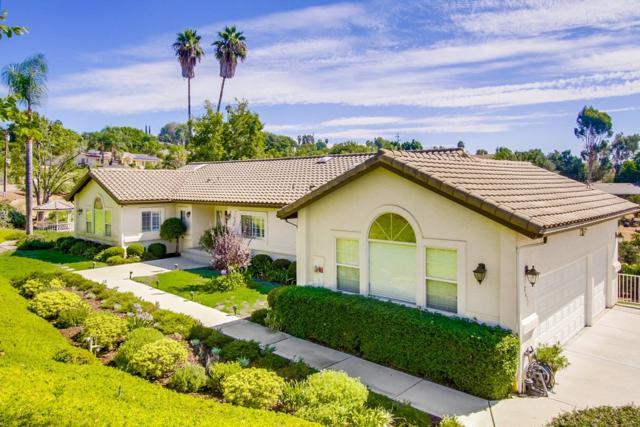 2631 Anaheim St, Escondido, CA 92025 (#170049037) :: Carrington Real Estate Services