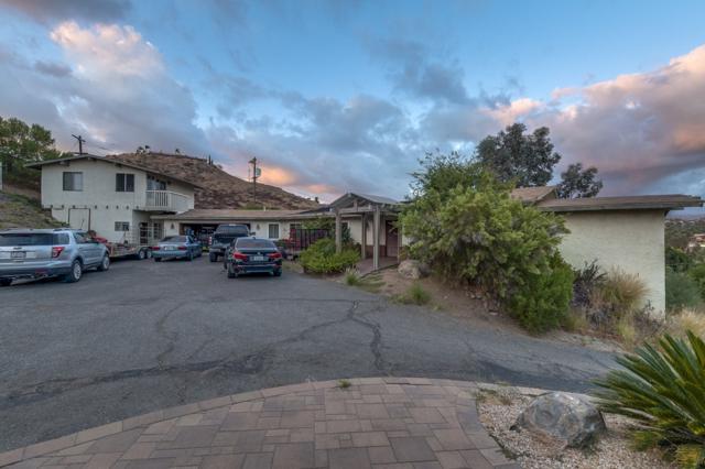 1186 Dawnridge Ave, El Cajon, CA 92021 (#170049242) :: Teles Properties - Ruth Pugh Group
