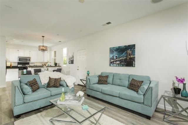 935 Mira Lago Way, San Marcos, CA 92078 (#170049703) :: Coldwell Banker Residential Brokerage