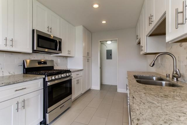 4238 Vista Panorama Way #207, Oceanside, CA 92057 (#170050066) :: Hometown Realty