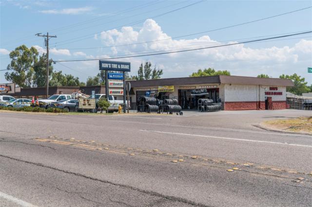 2560 Main Street, Ramona, CA 92065 (#170051847) :: Neuman & Neuman Real Estate Inc.