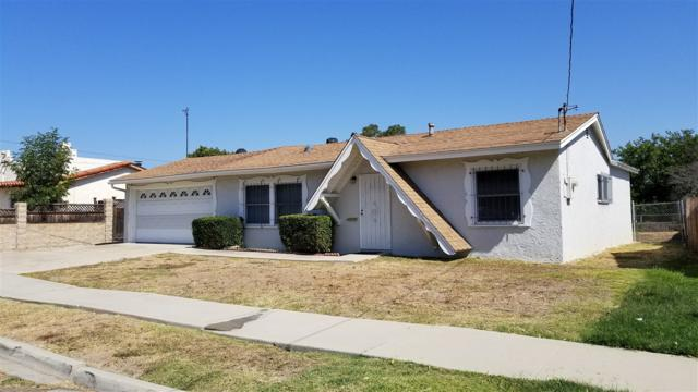 729 Osage St, Spring Valley, CA 91977 (#170053240) :: Teles Properties - Ruth Pugh Group