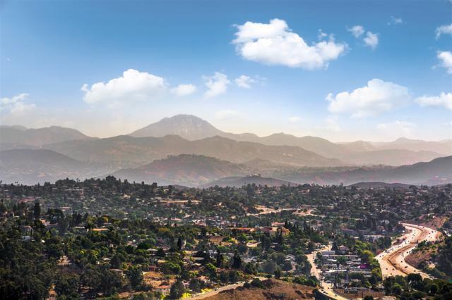 4279 Summit Dr, La Mesa, CA 91941 (#170053669) :: Teles Properties - Ruth Pugh Group
