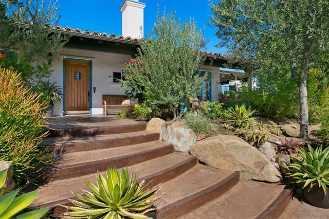 43290 Cinco Arroyos, Fallbrook, CA 92028 (#170054307) :: Beachside Realty