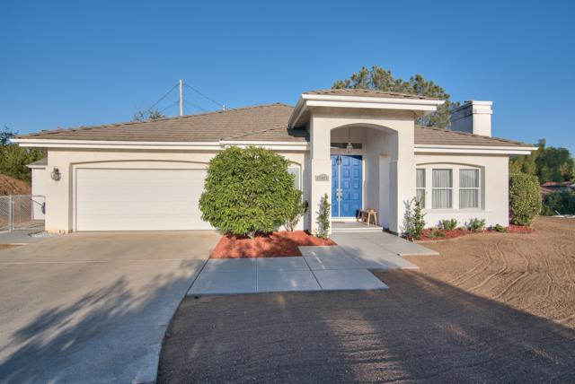 11903 Lila Hill Ln, Lakeside, CA 92040 (#170054323) :: Whissel Realty