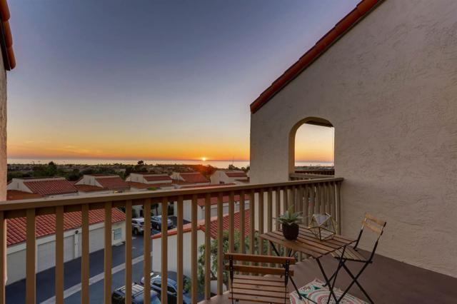 912 Caminito Madrigal D, Carlsbad, CA 92011 (#170054328) :: Beachside Realty