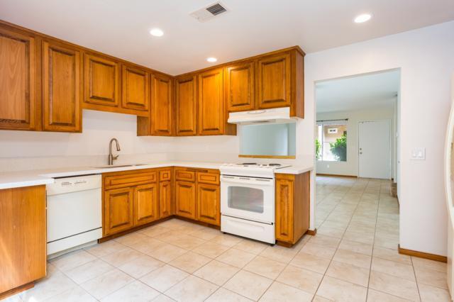 244 Roanoke Rd, El Cajon, CA 92020 (#170054774) :: Whissel Realty