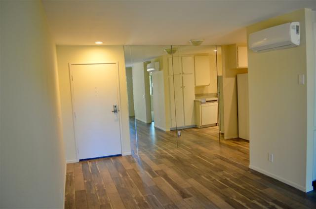 6330 Genesee Ave #213, San Diego, CA 92122 (#170054806) :: The Yarbrough Group