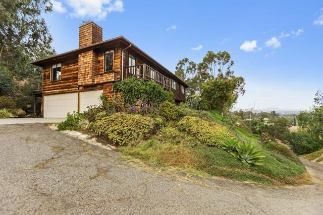 132 Candy Lane, Encinitas, CA 92024 (#170054817) :: The Marelly Group | Realty One Group