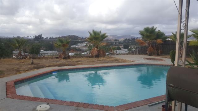 8543 Via Consuelo, El Cajon, CA 92021 (#170054824) :: Whissel Realty