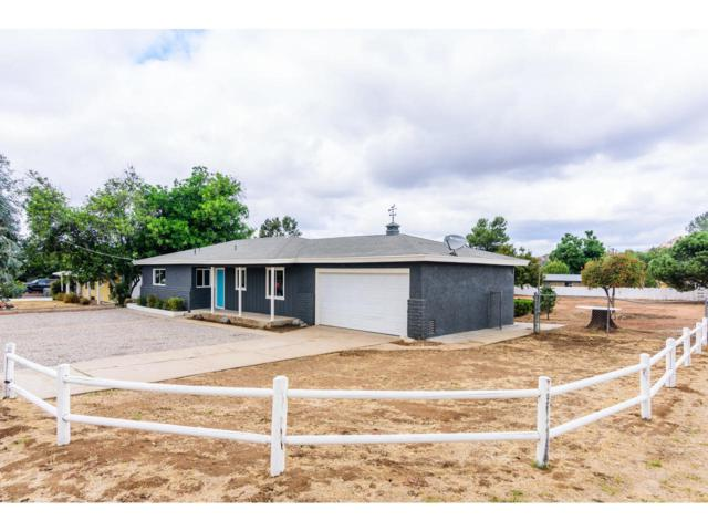 13466 Sunny, Lakeside, CA 92040 (#170054928) :: Whissel Realty
