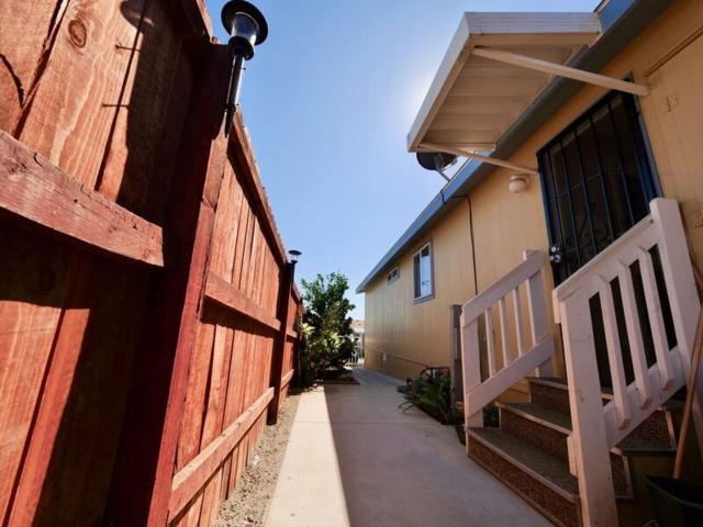 3909 Reche Rd #204, Fallbrook, CA 92028 (#170057433) :: Neuman & Neuman Real Estate Inc.