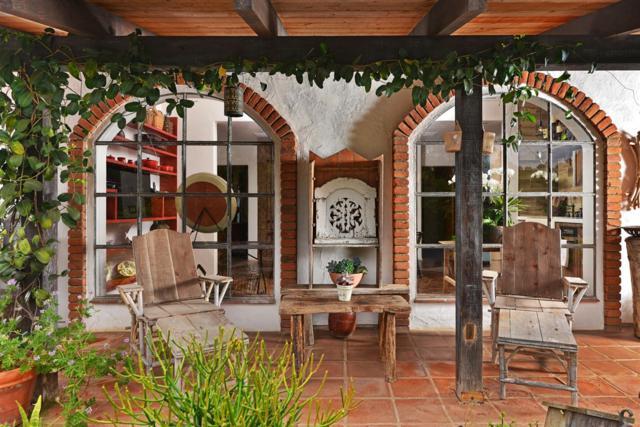 15880 Via Del Alba, Rancho Santa Fe, CA 92067 (#170058079) :: Klinge Realty