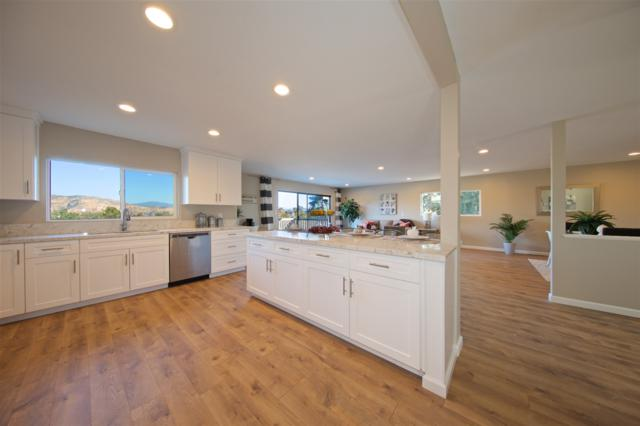11565 Legendale Dr, Lakeside, CA 92040 (#170058441) :: Whissel Realty