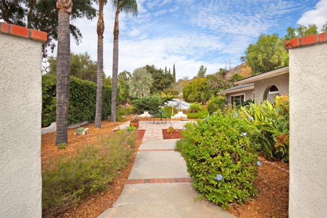 2458 Fawn Creek Ln, Escondido, CA 92026 (#170059294) :: Coldwell Banker Residential Brokerage