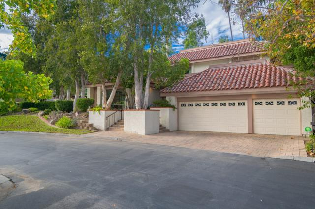 14 Lake Helix Dr, La Mesa, CA 91941 (#170059330) :: Carrington Real Estate Services