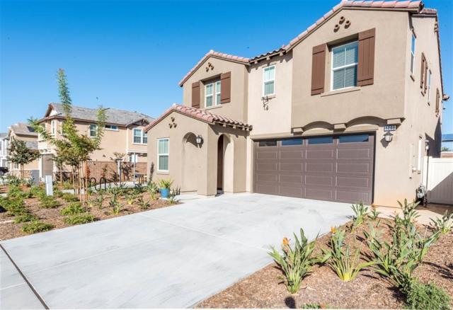 1209 White Oak Ct, El Cajon, CA 92020 (#170059832) :: Whissel Realty