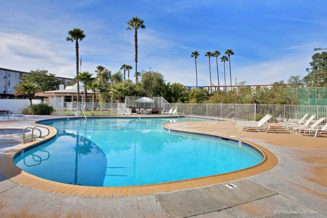 3050 Rue Dorleans #391, San Diego, CA 92110 (#170060285) :: Ascent Real Estate, Inc.