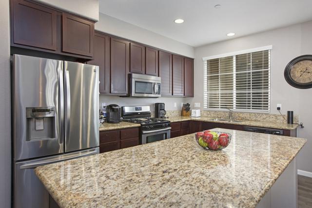 1468 La Ribera Lane #3, Chula Vista, CA 91913 (#170061331) :: Ascent Real Estate, Inc.