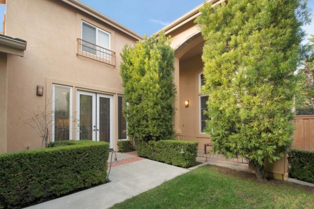 5483 Carmel Knolls Drive, San Diego, CA 92130 (#170061893) :: Beatriz Salgado