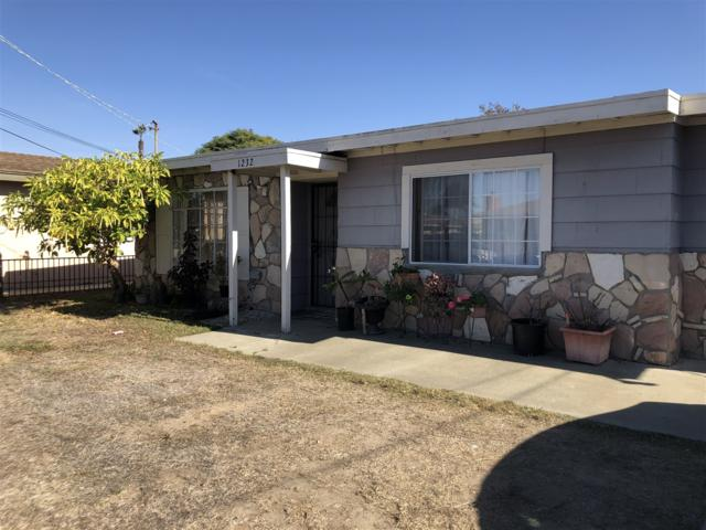 1232 Langford St, Oceanside, CA 92058 (#170062145) :: Jacobo Realty Group