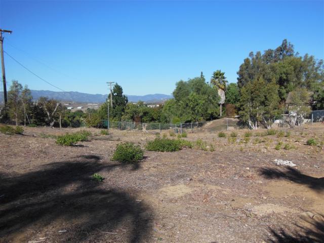 000 Ali Way #4, Fallbrook, CA 92028 (#180000609) :: Neuman & Neuman Real Estate Inc.