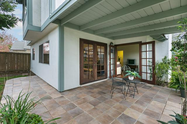 2074 Rue De La Montagne, Oceanside, CA 92054 (#180000648) :: Neuman & Neuman Real Estate Inc.