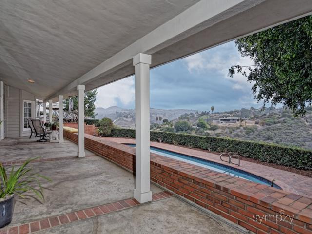 4401 Yerba Santa Drive, San Diego, CA 92115 (#180001689) :: Douglas Elliman - Ruth Pugh Group