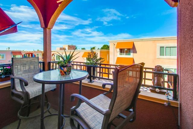 860 Turquoise St #336, San Diego, CA 92109 (#180001947) :: Ghio Panissidi & Associates