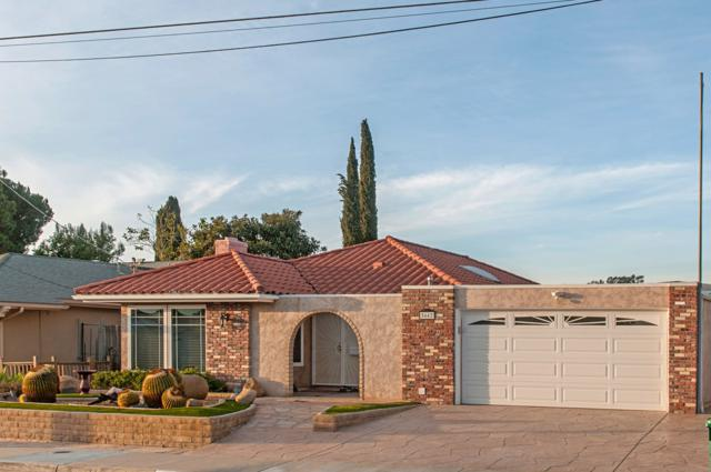 5662 Lone Star Dr, San Diego, CA 92120 (#180002060) :: Whissel Realty