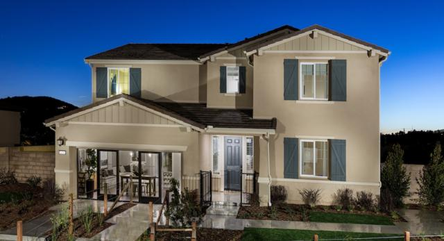1227 Tesoro Place, Vista, CA 92081 (#180002528) :: KRC Realty Services