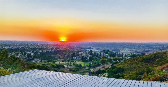 8358 Ridge Route Rd, San Diego, CA 92120 (#180002761) :: KRC Realty Services