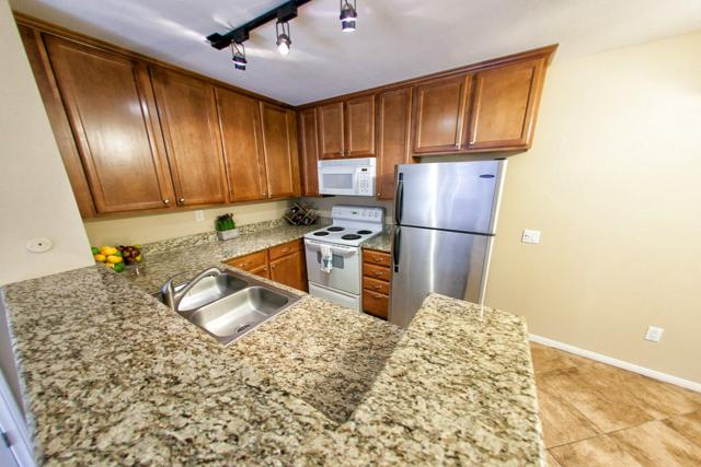 3456 Castle Glen Dr #177, San Diego, CA 92123 (#180003266) :: Whissel Realty