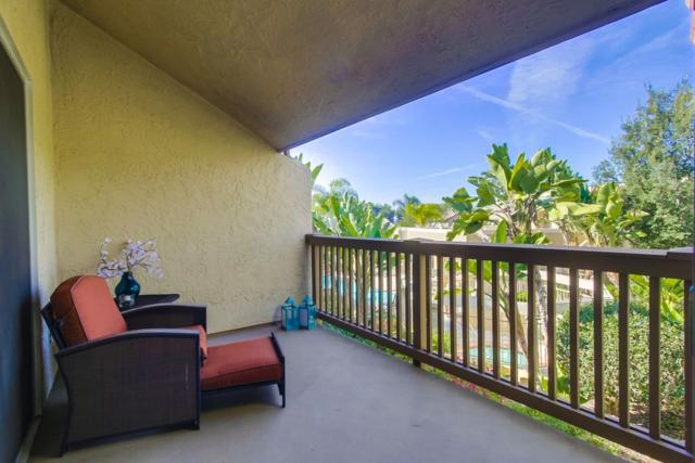 930 Via Mil Cumbres #204, Solana Beach, CA 92075 (#180003403) :: The Houston Team | Coastal Premier Properties