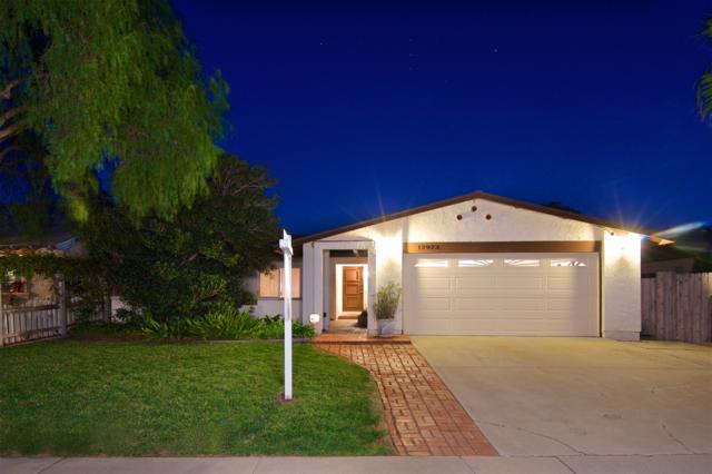 12923 Via Caballo Rojo, San Diego, CA 92129 (#180003540) :: The Houston Team | Coastal Premier Properties