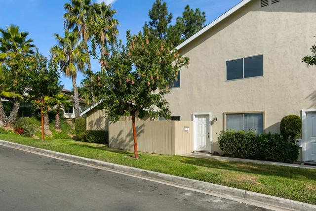 4146 Camino Ticino, San Diego, CA 92122 (#180003742) :: Whissel Realty