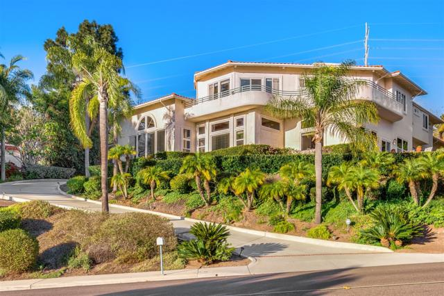 7227 El Fuerte St, Carlsbad, CA 92009 (#180004202) :: Ascent Real Estate, Inc.