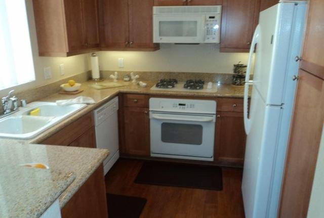 12671 Savannah Creek Dr #255, San Diego, CA 92128 (#180004675) :: Keller Williams - Triolo Realty Group