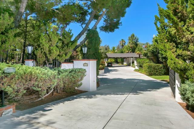 4810 La Jacaranda, Rancho Santa Fe, CA 92067 (#180007513) :: The Yarbrough Group