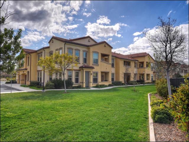 11125 Taloncrest Way #2, San Diego, CA 92126 (#180007810) :: Douglas Elliman - Ruth Pugh Group