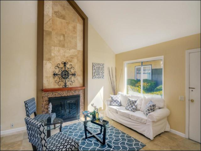 10631 Caminito Manso, San Diego, CA 92126 (#180008296) :: Neuman & Neuman Real Estate Inc.